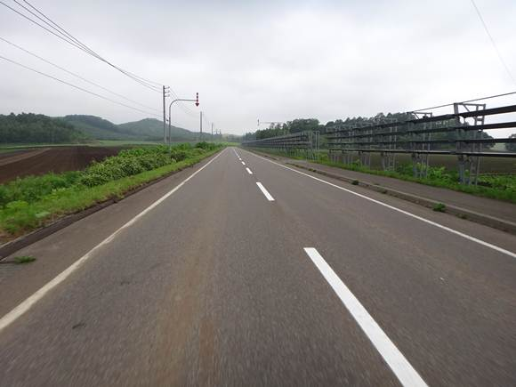 10 北海道らしい暴風壁.JPG