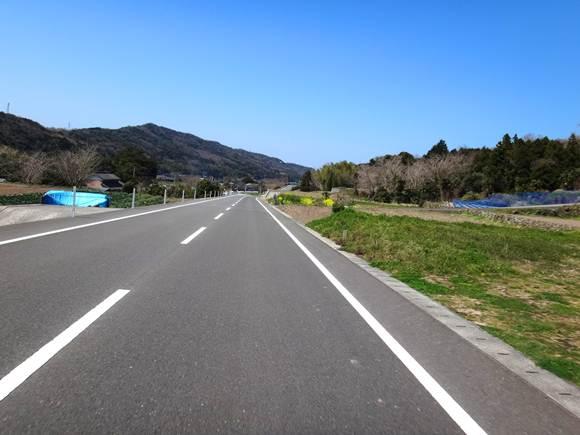 13 最近の国東の道はすごく良い.JPG