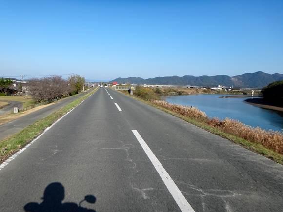 16 菊池川です.JPG