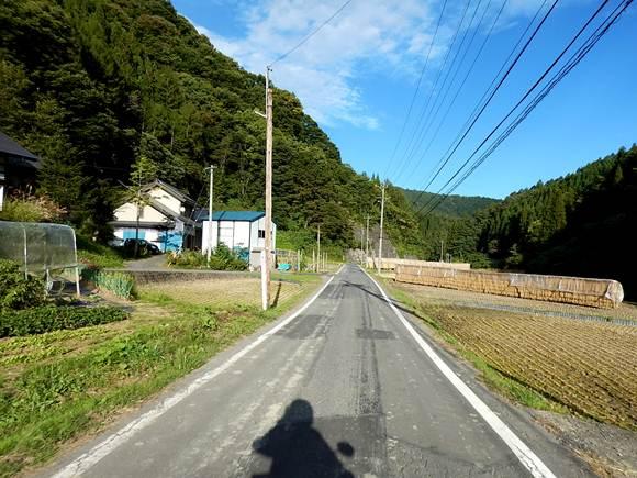 17 山と農村ばかり.JPG