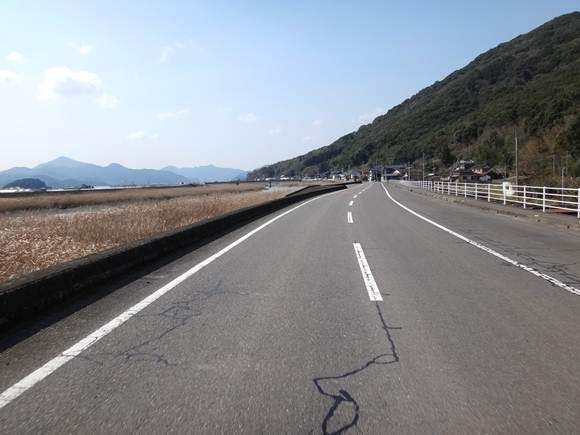 17 潟な川沿い.JPG