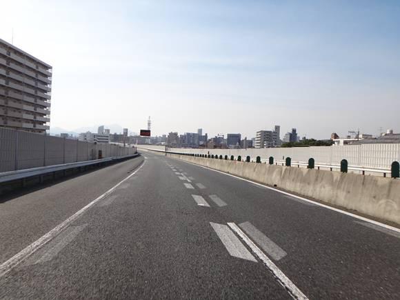 17 都市高速でバイザーテスト.JPG