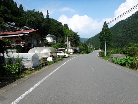 19 上津江の集落.JPG