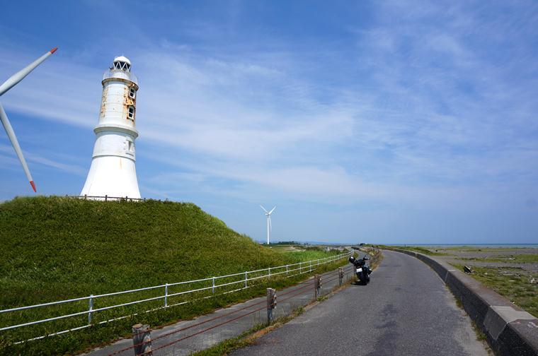 19 歩かなくて良い灯台.JPG