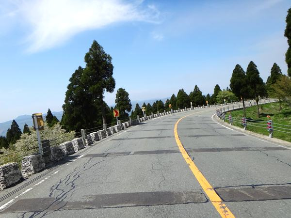 26 観光道路らしい風景.JPG