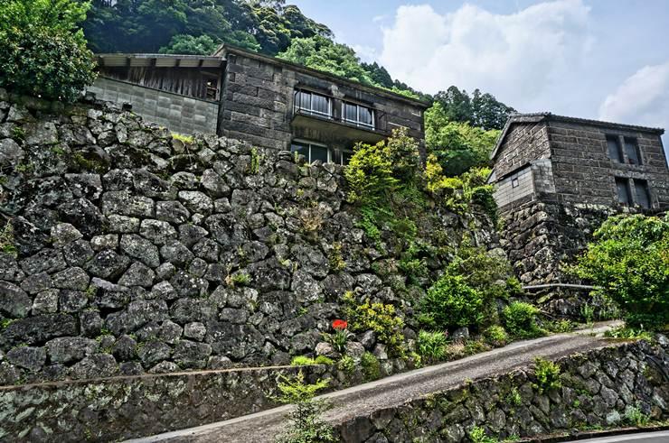 27 石垣のムラです.JPG