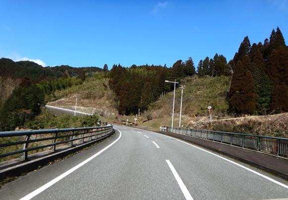 2 佐賀の山の中.JPG