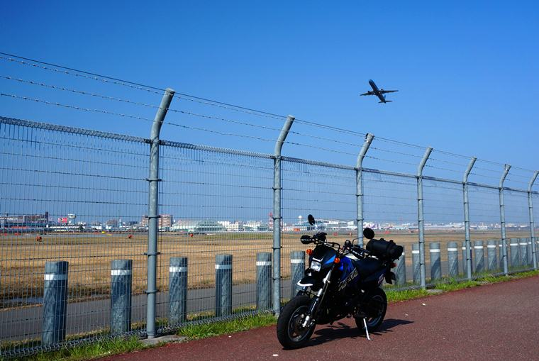 2 日本一の過密滑走路.JPG