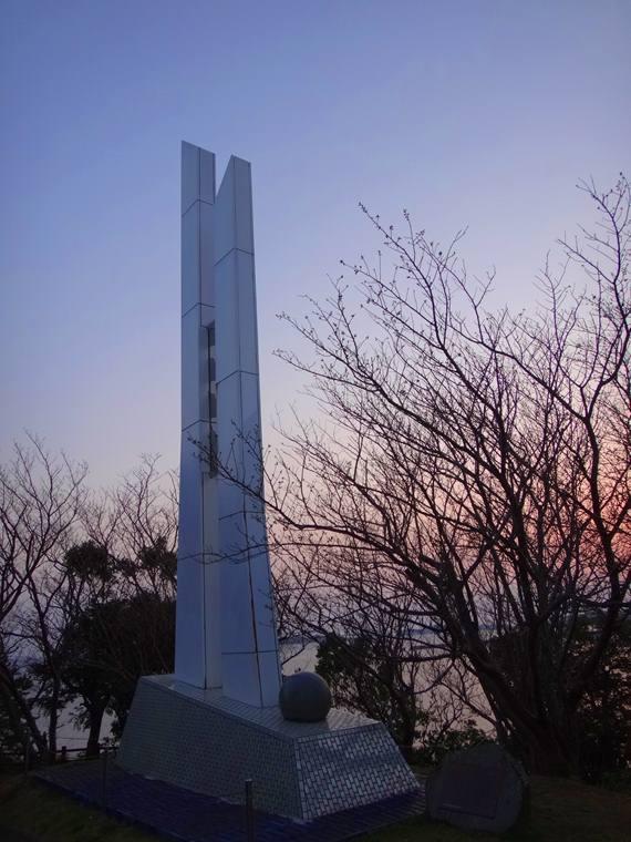 33 春一番の塔.JPG