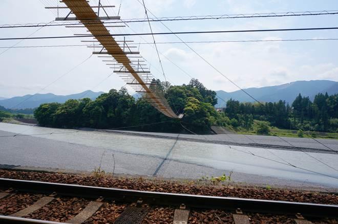 53 塩俵の吊橋.JPG