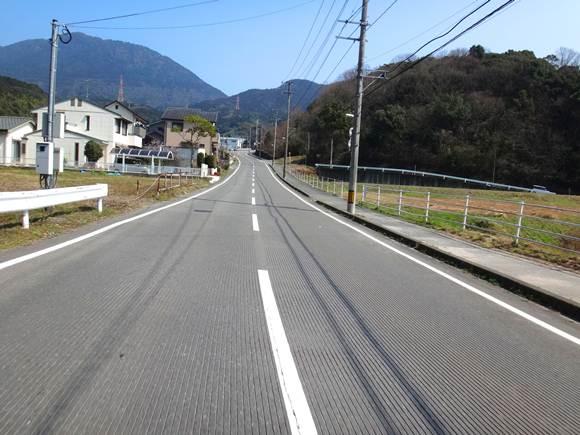 5 竈神社に行く道.JPG