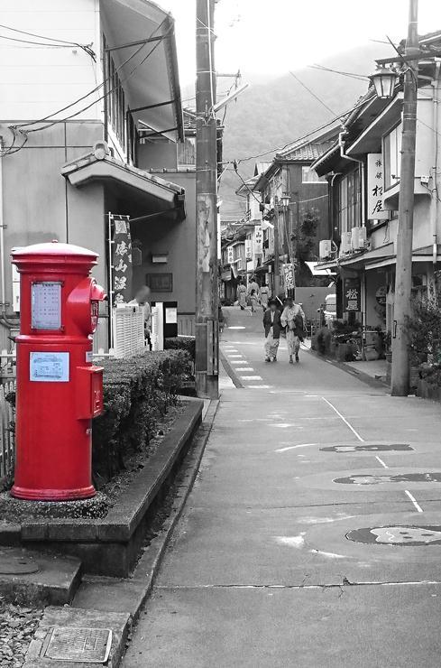 ステキな温泉街.JPG