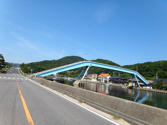 13 海の歩道橋.JPG
