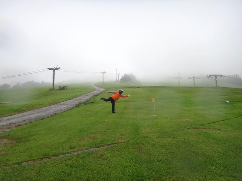 27 濡れてるので滑れそうです.JPG