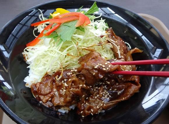 35 肉味噌丼.JPG