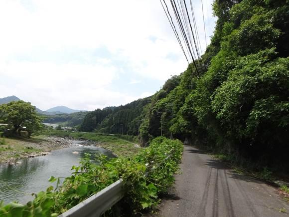 7 ちびっ子バイク用の道.JPG
